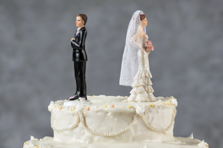 Divorced cakew toppers